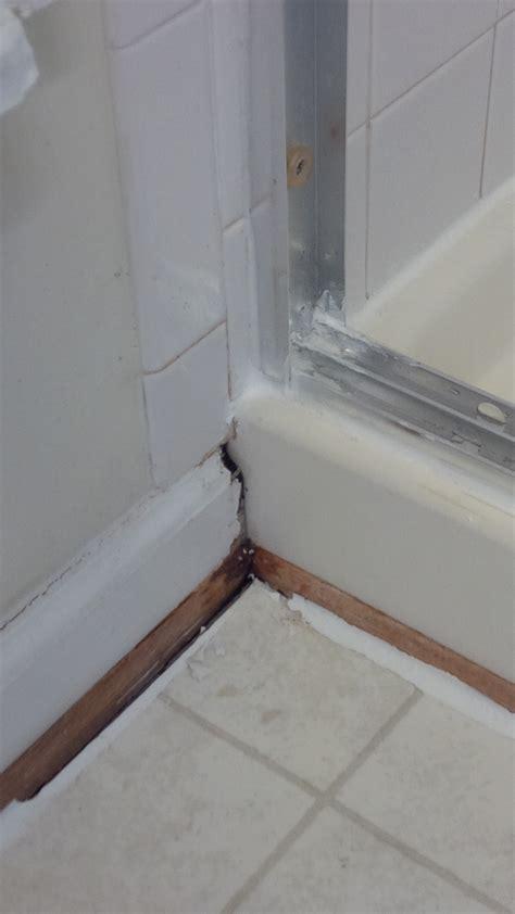 bathtub drain leaking through ceiling leak in bathroom subfloor drain sink ceiling house