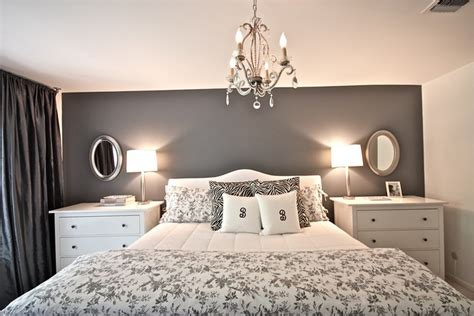 practical  pretty bedroom   interiors