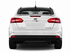 Ford Focus Titanium 2017 : image 2017 ford focus titanium sedan rear exterior view size 1024 x 768 type gif posted on ~ Farleysfitness.com Idées de Décoration