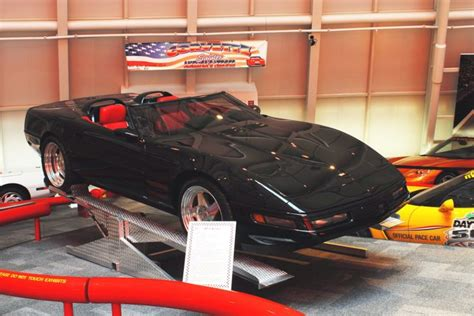 Corvette Museum Sinkhole Cars Lost by Priceless Corvettes Lost To Sinkhole Bgdailynews
