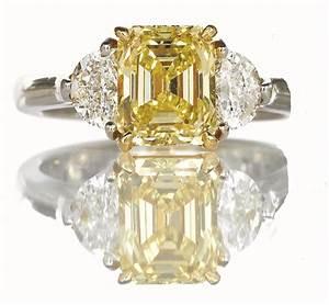 Fancy intense yellow diamond ring hamilton jewelers for Wedding rings with yellow diamonds