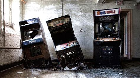 The Eerie World Of Abandoned Arcade Games