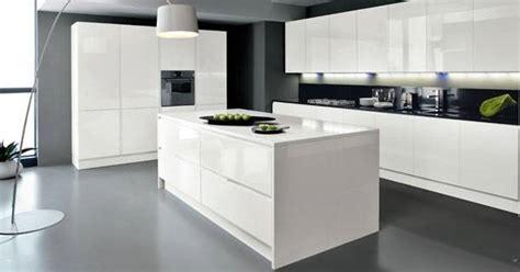 cuisine equipee pas chere installation cuisine équipée design cuisinea à aubagne meuble et décoration marseille