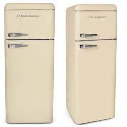 simple interior design ideas for kitchen über 1 000 ideen zu retro kühlschrank auf