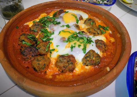 cuisine marocaine traditionnelle kefta tajine de viande hachée aux oeufs