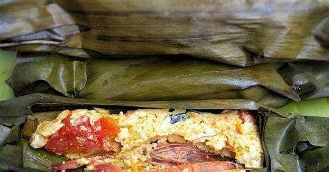Salah satu pepes yang sangat favorit, yakni pepes udang. Resep Pepes Tahu Udang oleh Laila Dawud - Cookpad
