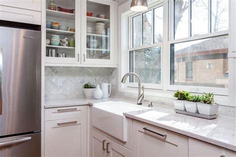 white shaker cabinets with quartz countertops white shaker cabinets discount trendy in queens ny