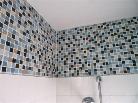 carrelage adhesif pour cuisine carrelage adhésif salle de bain castorama idée déco