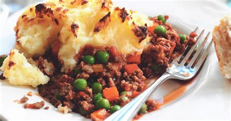 cottage pie simple recipe cottage pie recipe how to make it with quorn