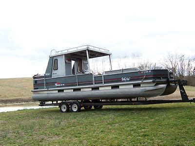Best Pontoon Boats For Sale by Best 25 Pontoon Boats For Sale Ideas On Used