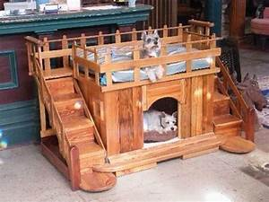 Pallet made dog beds and houses pallet ideas recycled for 2 dog dog houses