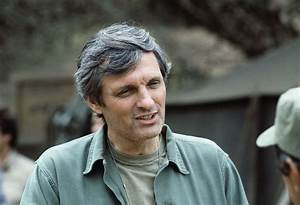 Alan Alda Wallpapers Images Photos Pictures Backgrounds