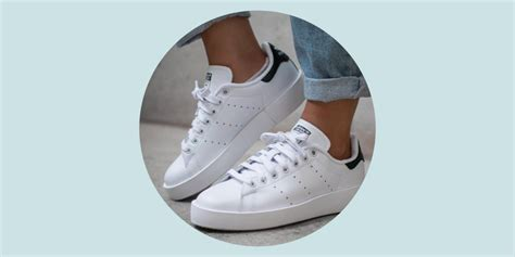 chaussure cuisine comment garder mes baskets blanches