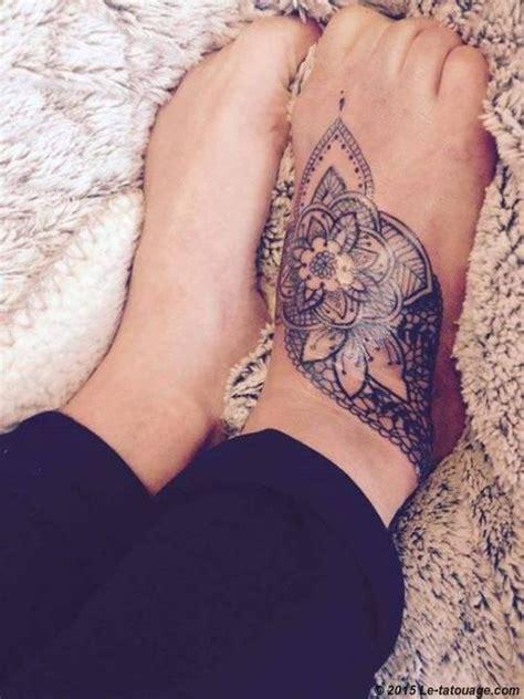 tatouage femme pied mandala recherche tattoos