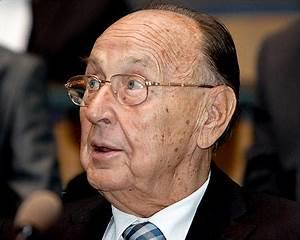 Ex-German foreign minister Hans-Dietrich Genscher dies at 89