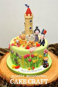 Ben And Holly Little Kingdom Cake - CakeCentral com