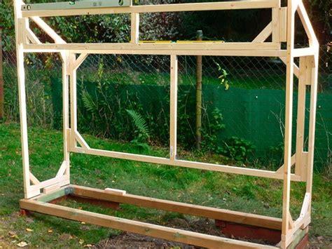 Bau Eines Hochbeetes by Bau Eines Stabilen Tomatenhauses Aus Gehobelten Latten