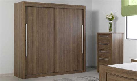 armoire chambre à coucher armoire chambre adulte bois chaios com