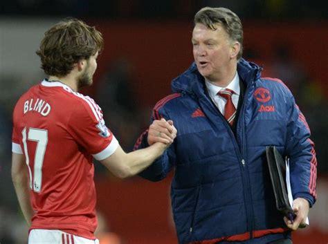 Man Utd Transfer News Louis Van Gaal Tells Daley Blind To