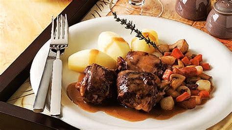 mijoté de poulet au vin recettes de cuisine trucs