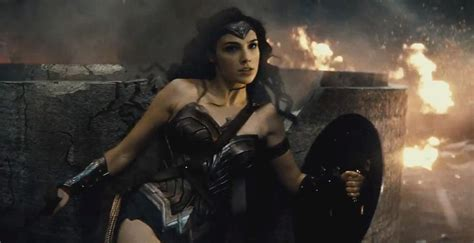 'batman V Superman Wonder Womans Fight Scene Revealed