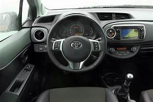Toyota Yaris Dynamic Business : toyota yaris 1 3 vvt i dynamic 2012 autotest ~ Medecine-chirurgie-esthetiques.com Avis de Voitures