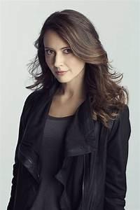 Amy Acker - Profile Images — The Movie Database (TMDb)