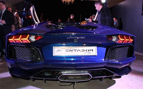 cars model    lamborghini aventador roadster  hotter   top  la
