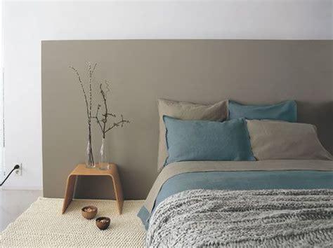 peinture mur chambre adulte 25 best ideas about murs turquoises on