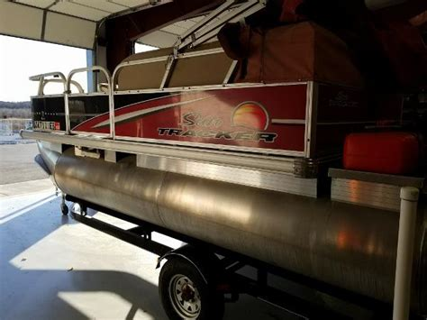 Bass Boats For Sale Under 10000 by Sun Tracker Bass Buggy 16 A Pontoon Boat For Under