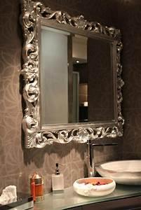 le miroir baroque est un joli accent deco With grand miroir pour salle de bain