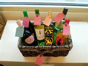 Gift Basket Ideas for Friends Moving Away
