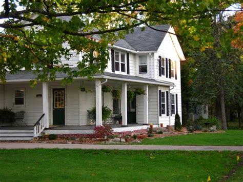 cottage home plans small farmhouse architecture hgtv