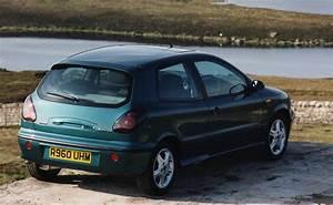 Fiat Brive : fiat bravo hatchback review 1995 2002 parkers ~ Gottalentnigeria.com Avis de Voitures