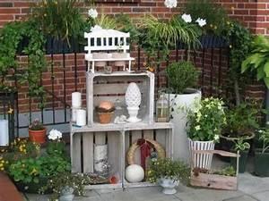 Deko Haustüre Eingangsbereich : weinkisten regal terrassendekoration pinterest ~ Whattoseeinmadrid.com Haus und Dekorationen
