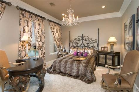 Bedroom Decorating And Designs By Urbane Design I Reviving