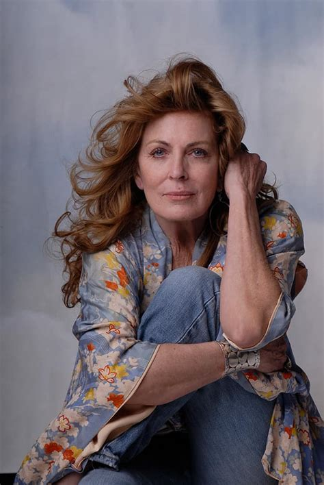 joanna cassidy  official site