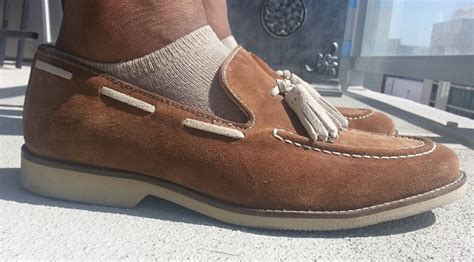 Boat Shoes With Socks Or Without by How To Avoid Foot Funk When Going Sockless
