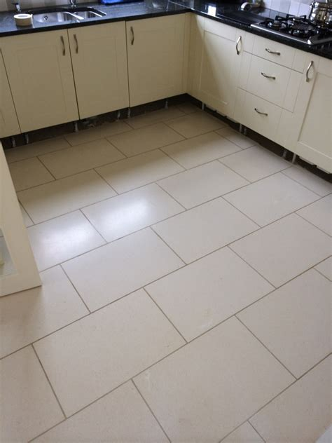 kitchen floor grout white floor tiles with grey grout tile design ideas 1637