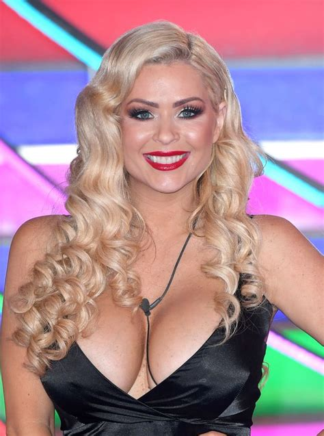 nicola mclean claims  turned   date  justin