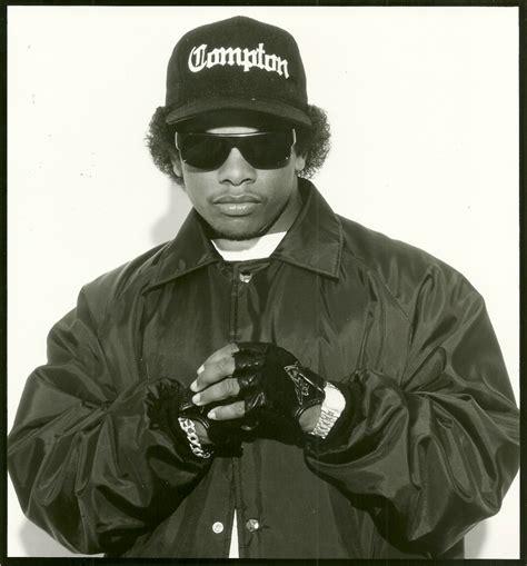 Eazy Duz It: The Ruthless Radio Show Ft. Eazy E ...