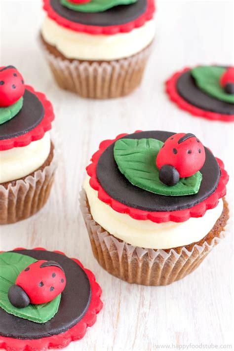 easy ladybug cupcake toppers video tutorial happyfoods