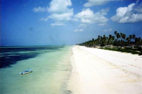 Zanzibar: Bwejuu beach