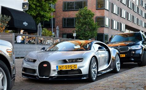 The bugatti chiron is road legal in the united states but there are physical differences to the car in the us that differentiate it from the car you'll (rarely) see on the streets in europe. Bugatti Chiron carbon kit for Bugatti Veyron