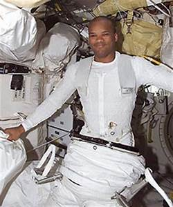 The Best-Dressed Astronaut | NASA