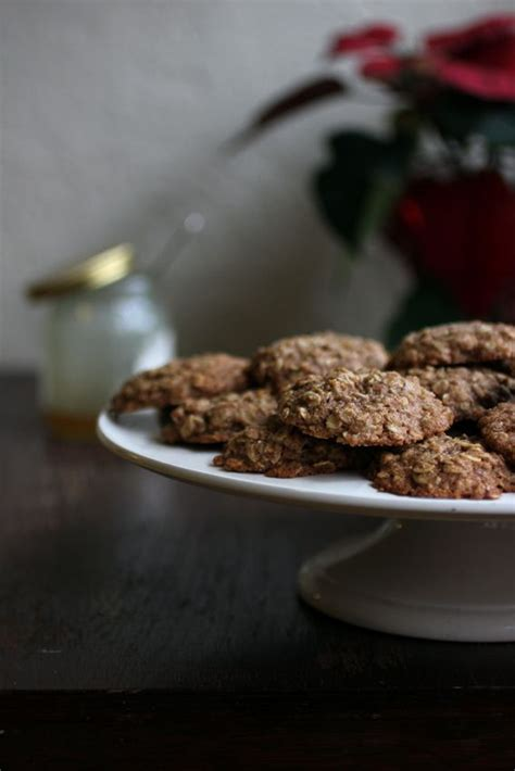 Recipe for butterscotch oatmeal cookies from the diabetic recipe archive at diabetic gourmet bake 7 to 8 minutes for chewy cookies, 9 to 10 minutes for crisp cookies. Oatmeal Cookies | Sugar free recipes, Baking substitutes ...