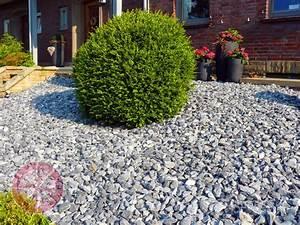 Garagenzufahrt Gestalten Mit Kies Oder Schotter : doros garten journal 2 sind steine die neuen pflanzen l nen ~ Indierocktalk.com Haus und Dekorationen