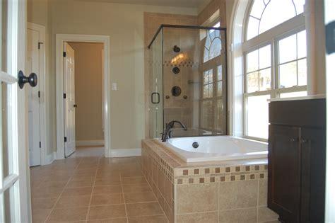 15 Adorable Master Bathroom Designs » Creativity And