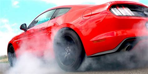ford mustang  winning  muscle car sales war attracts