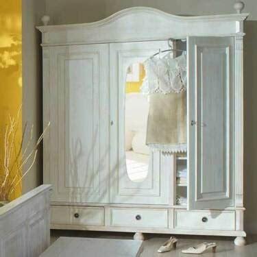 kleiderschrank shabby chic landhaus kleiderschrank massivholz shabby chic mit spiegel in th 252 ringen erfurt ebay